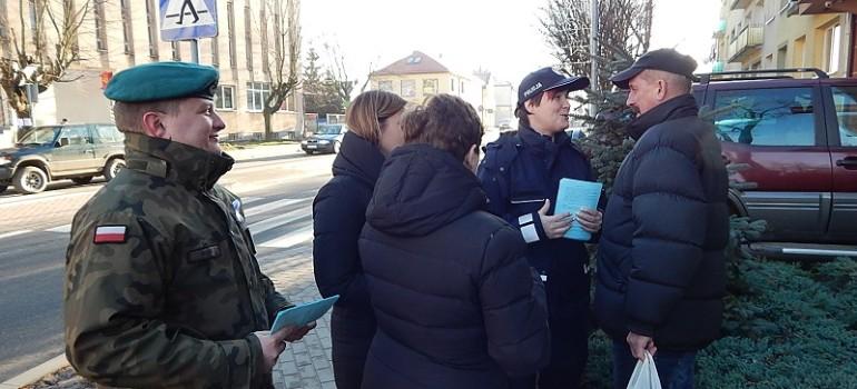 """Zakończenie kampanii """"Biała wstążka"""" w Gołdapi – aktualizacja"""