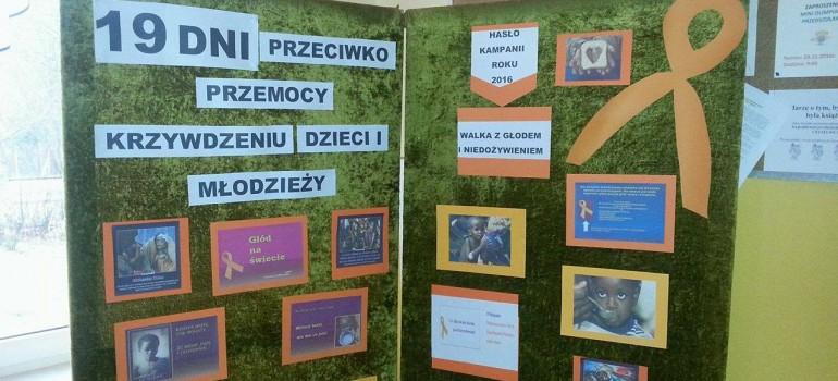 Fotorelacja z kampanii Pomarańczowej Wstążeczki SP Boćwinka